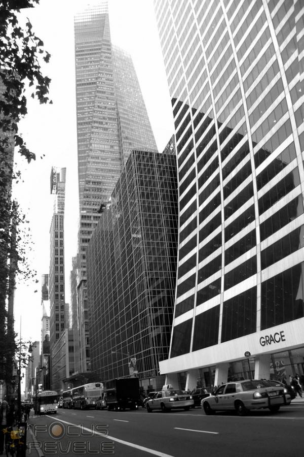064 - contorsions urbaines - DUFOULOUNOUX Michel.jpg