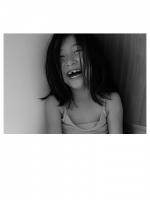 063 - Une Fille Joyeuse-3 - LE PETIT Maisy.jpg